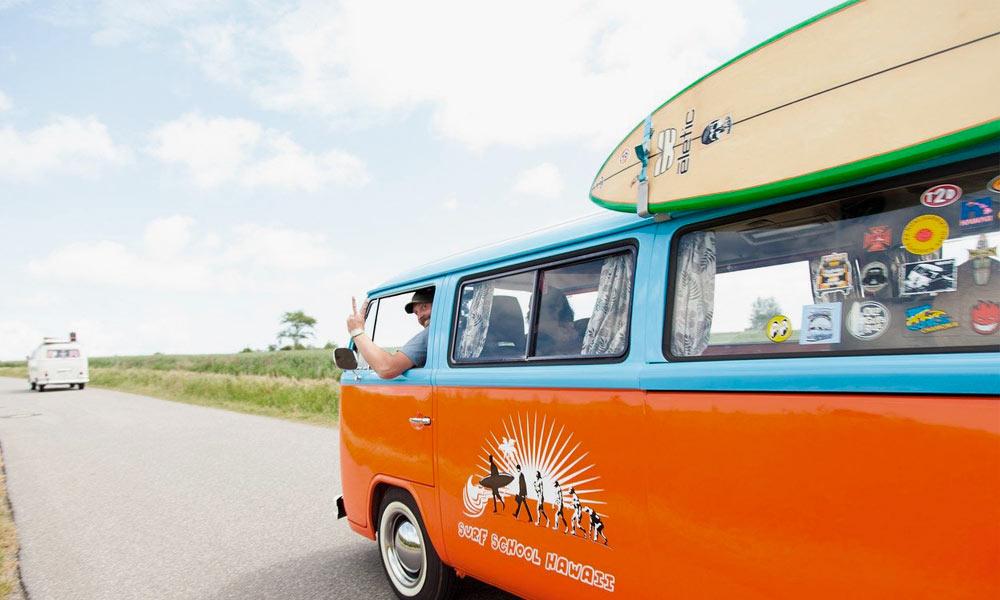 como llevar tablas de surf
