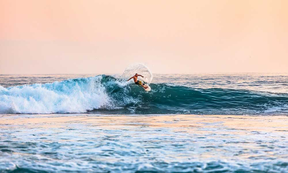 beneficios de practicar surf